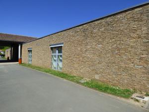 Bâtiment halte garderie